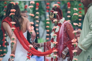 1374087875_indianlesbianwedding6-2